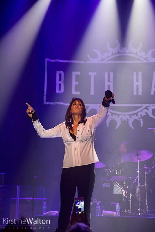 BethHart-ParkWest-Chicago_IL-20150221-KirstineWalton-017