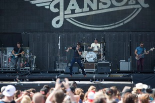 ChrisJanson-CountryLakeShake-FirstMeritBankPavilion-20160619-KirstineWalton003