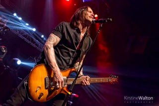 alterbridge-rivieratheatre-chicago-il-20160125-kirstinewalton005