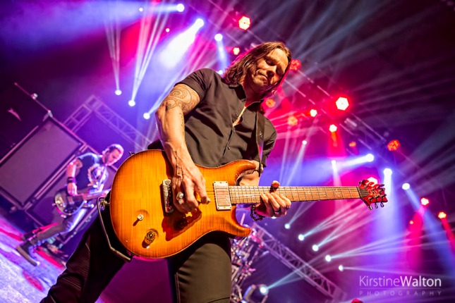 alterbridge-rivieratheatre-chicago-il-20160125-kirstinewalton013