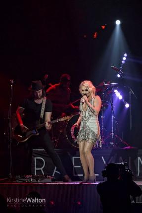 RaeLynn-AllstateArena-Rosemont-IL-20160317-KirstineWalton010