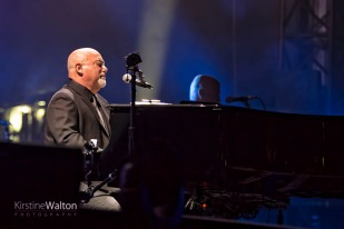 BillyJoel-WrigleyField-Chicago-IL-20170811-KirstineWalton002