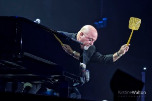 BillyJoel-WrigleyField-Chicago-IL-20170811-KirstineWalton003
