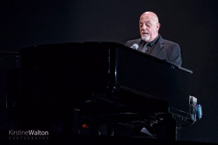 BillyJoel-WrigleyField-Chicago-IL-20170811-KirstineWalton004