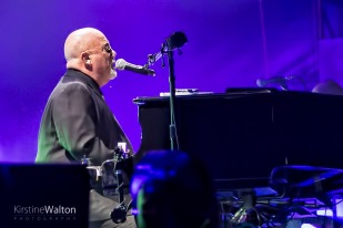 BillyJoel-WrigleyField-Chicago-IL-20170811-KirstineWalton005
