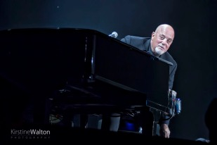 BillyJoel-WrigleyField-Chicago-IL-20170811-KirstineWalton006
