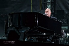 BillyJoel-WrigleyField-Chicago-IL-20170811-KirstineWalton010