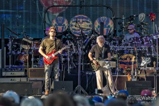 Dead&Co-WrigleyField-Chicago-IL-20170701-KirstineWalton002