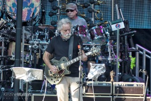 Dead&Co-WrigleyField-Chicago-IL-20170701-KirstineWalton003
