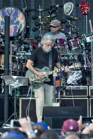 Dead&Co-WrigleyField-Chicago-IL-20170701-KirstineWalton008