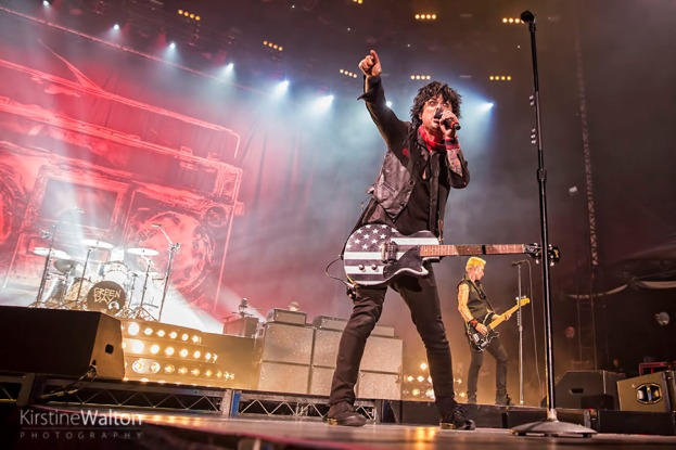 GreenDay-WrigleyField-Chicago-IL-20170824-KirstineWalton001