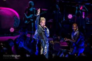 Pink-HollywoodCasinoAmphitheatre-TinleyPark-IL-20170909-KirstineWalton017