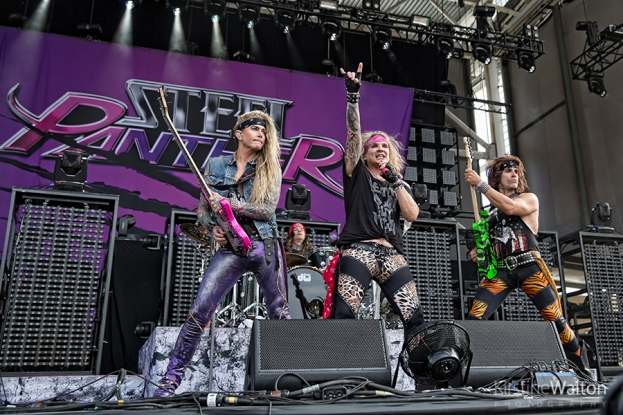 SteelPanther-ChicagoOpenAir-Bridgeview-IL-20170715-KirstineWalton004