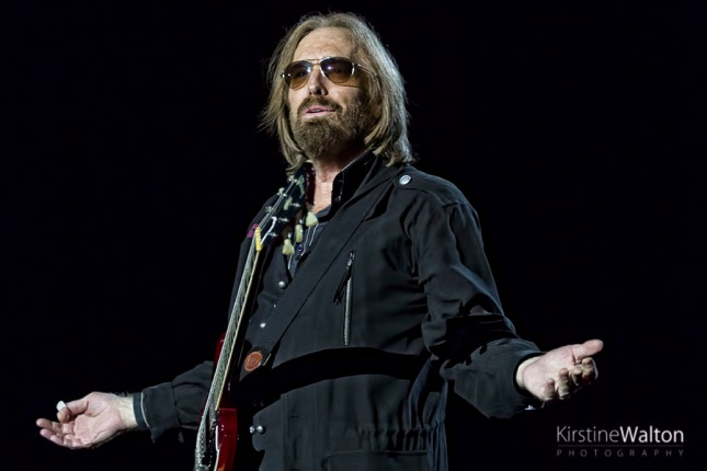 TomPetty-WrigleyField-Chicago-IL-20170629-KirstineWalton010