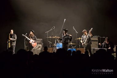 WalkingPapers-RivieraTheater-Chicago-IL-20180515-KirstineWalton001