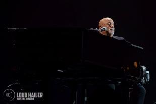 Billy Joel-WrigleyField-Chicago-IL-20180907-KirstineWalton003