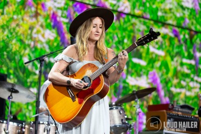 MargoPrice-FarmAid-AlpineValley-EastTroy-WI-20190921-KirstineWalton010
