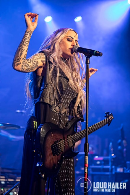 StitchedUpHeart-HouseOfBlues-Chicago-IL-20191208-KirstineWalton006